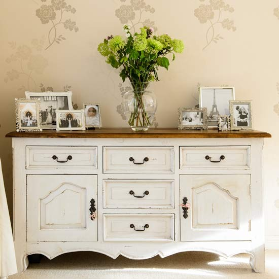 Living room sideboard | Gloucestershire family home | House tour | PHOTO GALLERY | Style at Home | Housetohome.co.uk