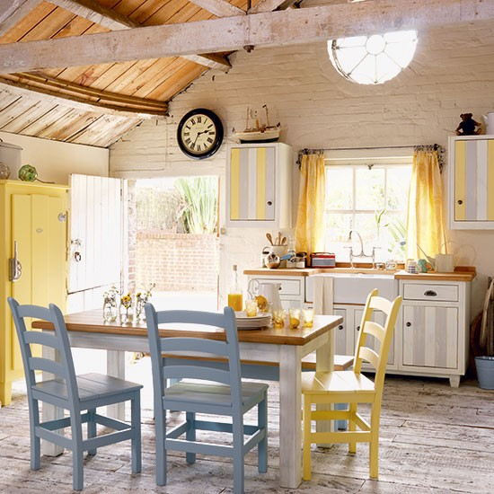 Country farmhouse kitchen freestanding kitchen ideas for Country farm kitchen ideas