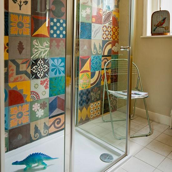 Ethnic inspired shower room