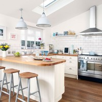 Cream kitchens - 10 of the best