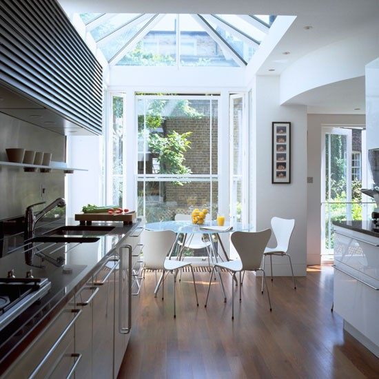 Underfloor conservatory heating conservatory and glass for Building a kitchen extension ideas