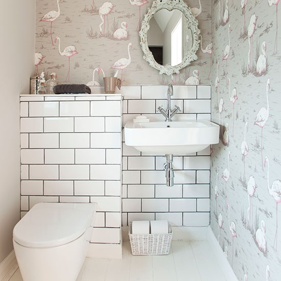 Decorative bathroom with wallpaper bathroom decorating Small bathroom decorating ideas uk