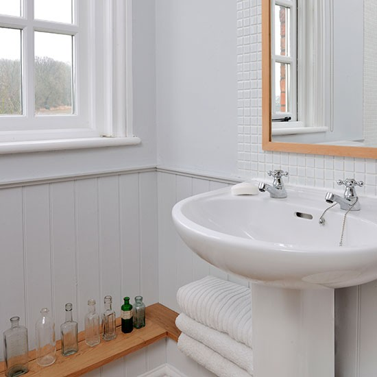 White panelled bathroom | housetohome.co.uk