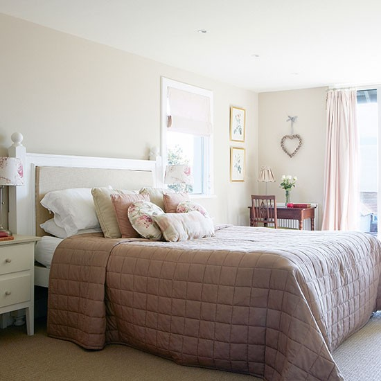 Cream And Pink Country Bedroom