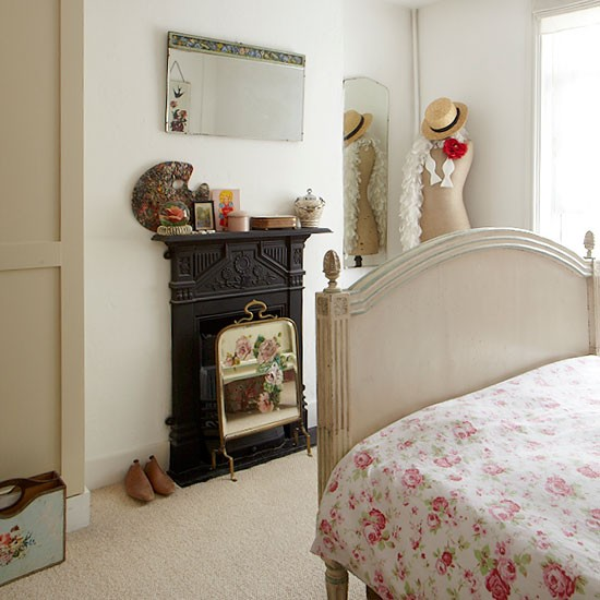 Traditional bedroom fireplace | Vintage-style Edwardian cottage | House tour | PHOTO GALLERY | Ideal Home | Housetohome.co.uk