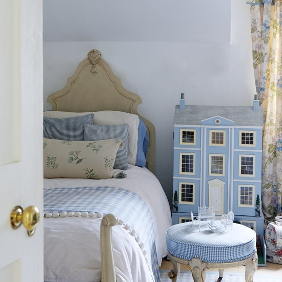 Blue Bedroom With Dolls House Girls Bedrooms