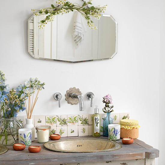 Vintage Basin And Taps With Bevelled Mirror
