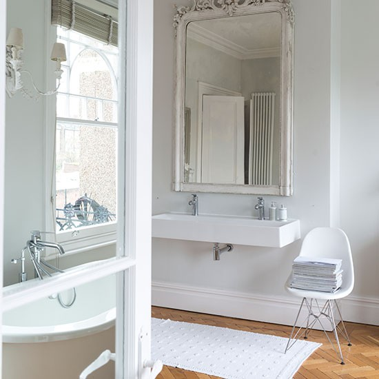 French style white bathroom bathroom decorating for French inspired bathroom design