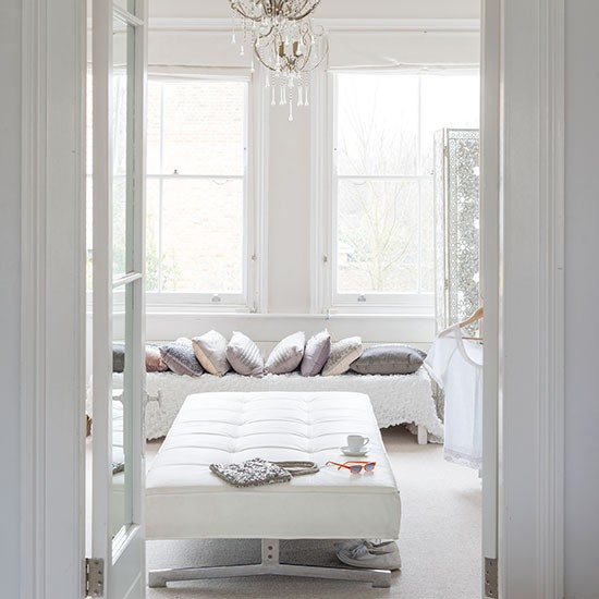 Luxe white dressing room white bedroom ideas with wow for Bed dressing ideas