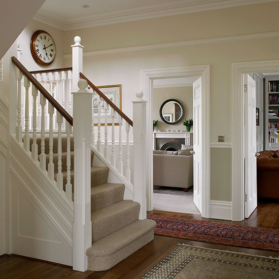 Traditional white painted hallway | Hallway decorating | housetohome.