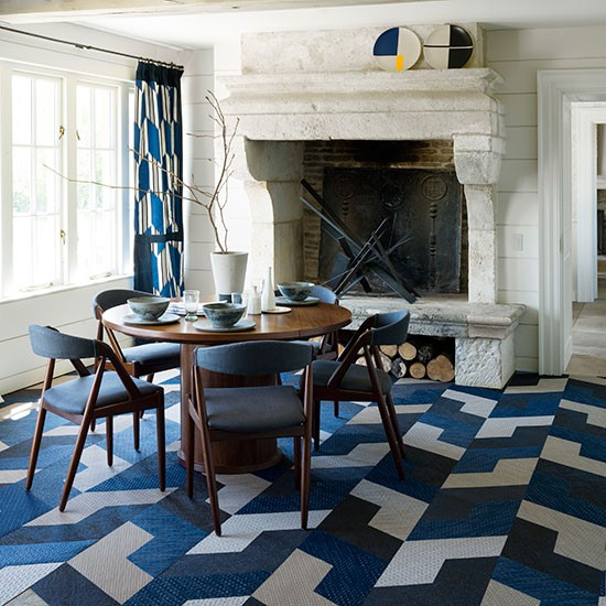 Modern Dining Room With Blue Geometric Prints Dining