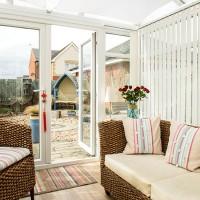 Modern beach-inspired conservatory