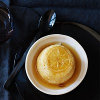 Steamed lemon sponge pudding