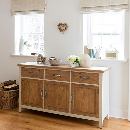 Cream dining room with sideboard dining room decorating How to decorate a sideboard in a dining room