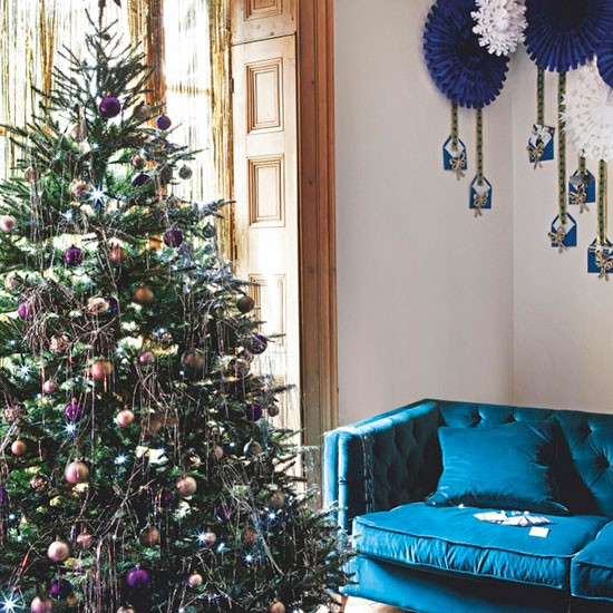Living Room With Christmas Tree Centrepiece Modern