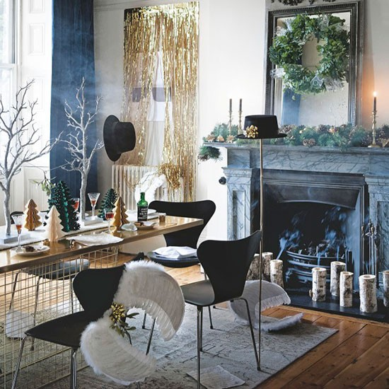 Simple christmas dining room colour scheme modern for Dining room interior design ideas uk