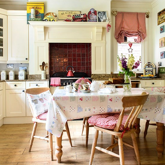 Kitchen-diner   Detached Edwardian home in Worcestershire   House tour   PHOTO GALLERY   25 Beautiful Homes   Housetohome.co.uk