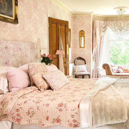 Main bedroom   Detached Edwardian home in Worcestershire   House tour   PHOTO GALLERY   25 Beautiful Homes   Housetohome.co.uk