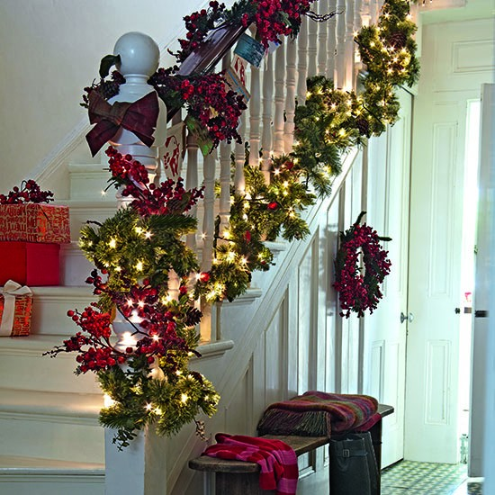 Christmas hallway ideas for Christmas hall decorations