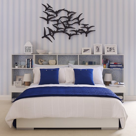 Teen S Blue And White Striped Room Teenage Boy S Bedroom