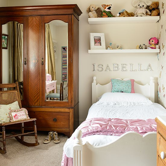Beautiful Bedroom Girls With Dressing Room: Traditional Kid's Storage