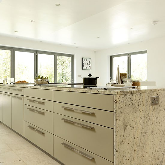 Neutral kitchen island with granite worktop  Kitchen decorating