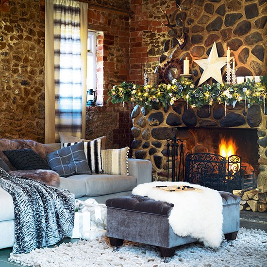 Add faux furs for a laid back look country christmas for Interior home christmas decorations