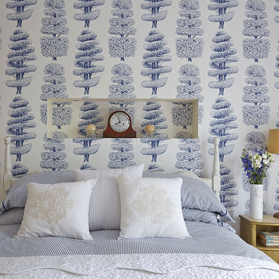 Bedroom with blue and white wallpaper bedroom decorating for Blue wallpaper designs for bedroom