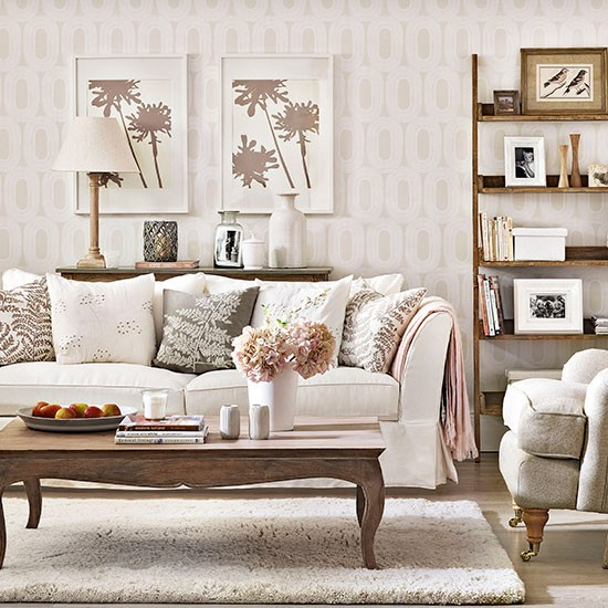 Relaxed neutral living room living room decorating for Small neutral living room ideas