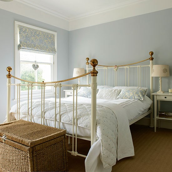 Pale Blue And Cream Bedroom Bedroom Decorating Style At Home