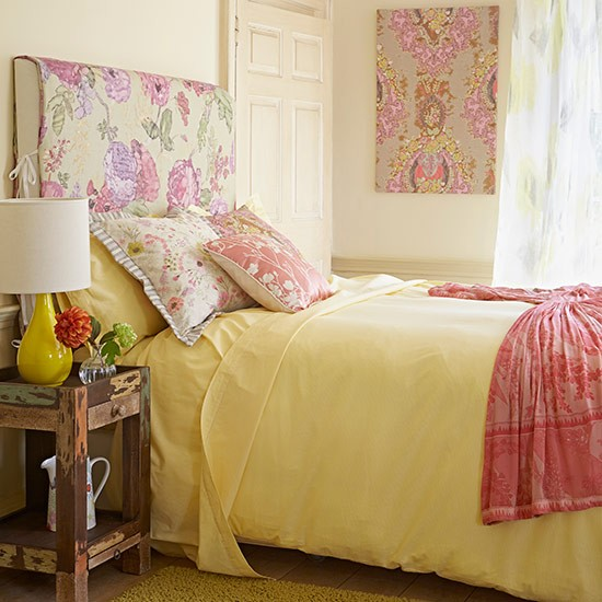 Sunshine bedroom | Country bedroom design ideas | Bedroom | PHOTO GALLERY | Country Homes and Interiors | Housetohome.co.uk