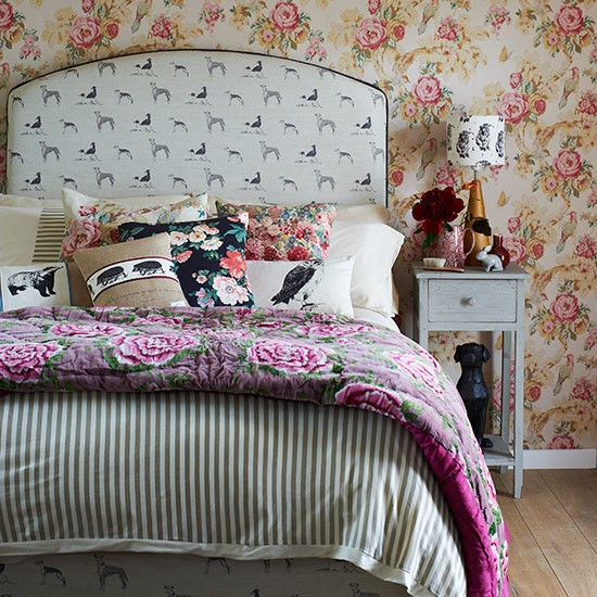 Eclectic prints bedroom | Country bedroom design ideas | Bedroom | PHOTO GALLERY | Country Homes and Interiors | Housetohome.co.uk
