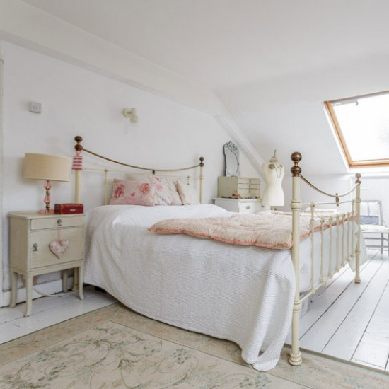 Guest bedroom house tour victorian home in norfolk for Bedroom ideas victorian terrace