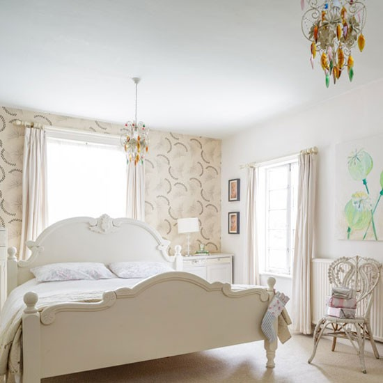 Main bedroom house tour victorian home in norfolk for Bedroom ideas victorian terrace