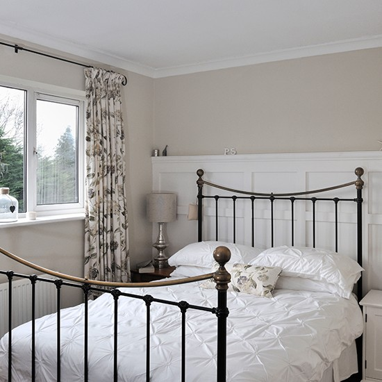 Neutral bedroom with floral curtains | Traditional bedroom design ideas | Bedroom | PHOTO GALLERY | Housetohome.co.uk