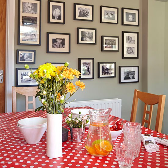 Red And Grey Dining Room Dining Room Decorating