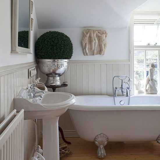Bathroom | County Antrim cottage | House tour | PHOTO GALLERY | 25 Beautiful Homes | Housetohome.co.uk
