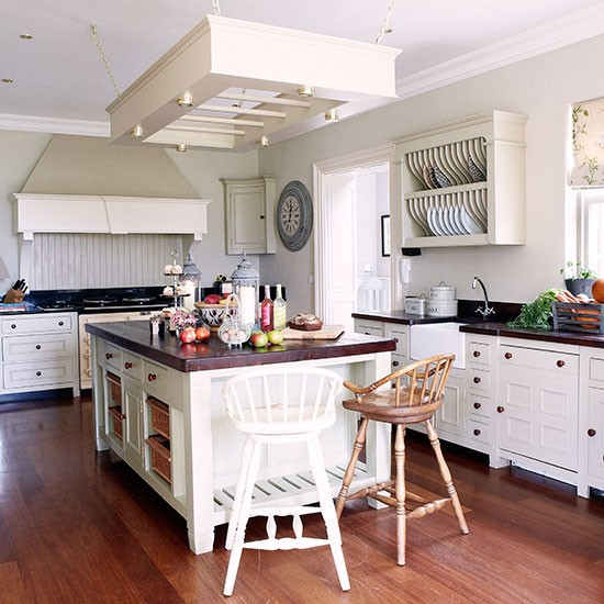 Shaker-style Kitchen With Pan Rack