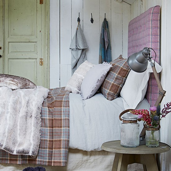Country Bedroom With Plaid Headboard Bedroom Decorating