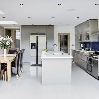Take a tour around a modern matt kitchen
