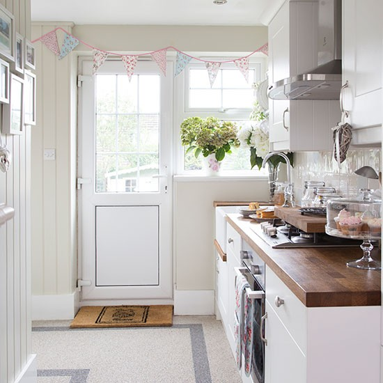 White country kitchen | House tour | PHOTO GALLERY | Ideal Home | Housetohome.co.uk