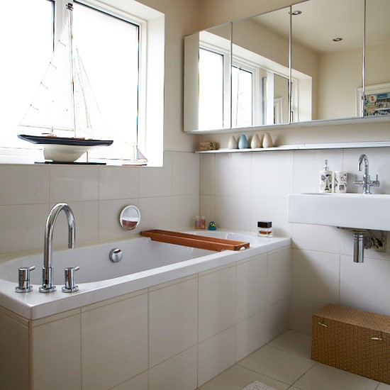 Neutral Bathroom With Well Placed Mirrors Small Bathroom Design Ideas Decorating