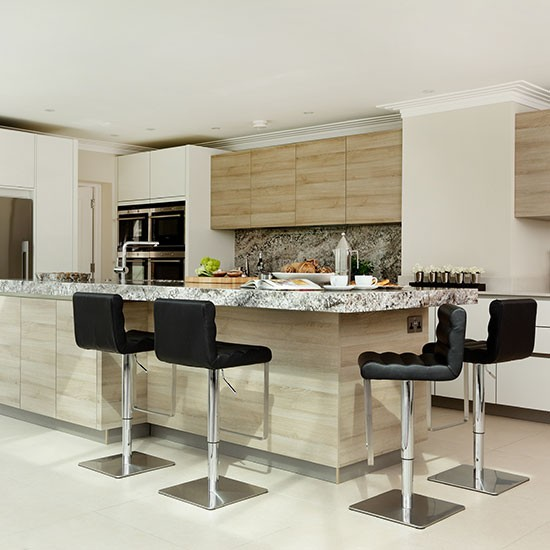 Modern white and timber-effect kitchen | Kitchen decorating | Beautiful Kitchens | Housetohome.co.uk
