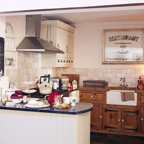 Kitchen | House tour | Hertfordshire | PHOTO GALLERY | Country Homes & Interiors | Housetohome.co.uk