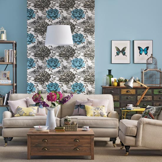Living room with floral wallpaper feature wall Living room feature wallpaper ideas