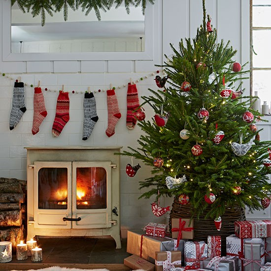 Country Christmas Living Room With Stockings Decorating