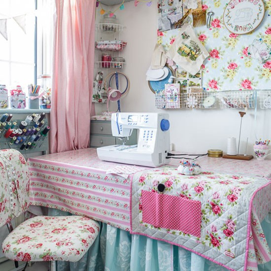 Sewing and craft room | 1970s country-style home | House tour | PHOTO GALLERY | Style at Home | Housetohome.co.uk