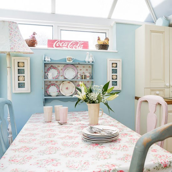 Dining area | 1970s country-style home | House tour | PHOTO GALLERY | Style at Home | Housetohome.co.uk