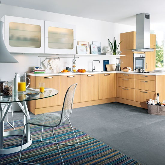 Family-friendly L-shaped Kitchen