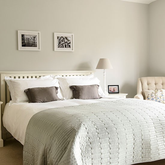 Pale Grey And White Bedroom Decorating